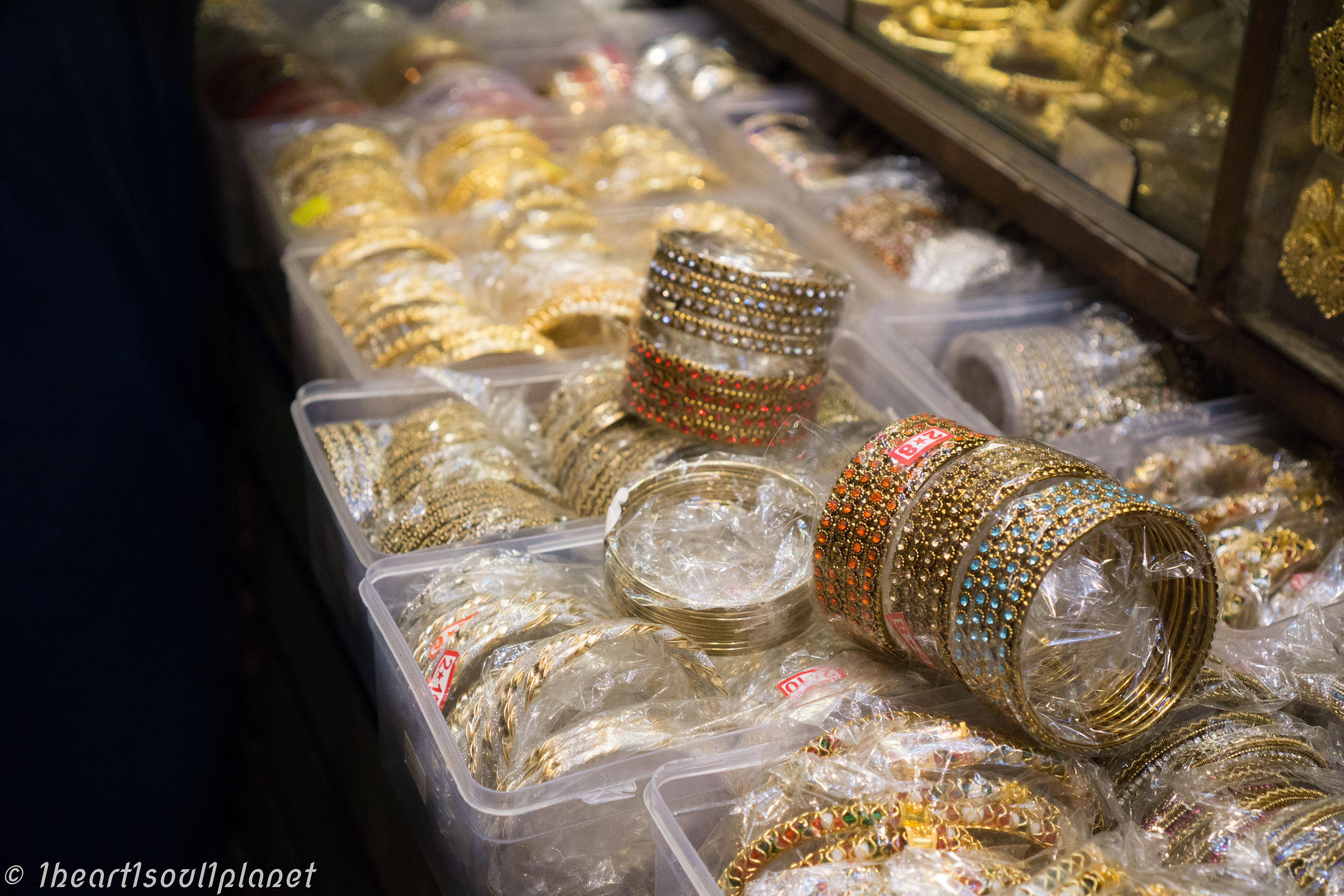 Mumbai market3