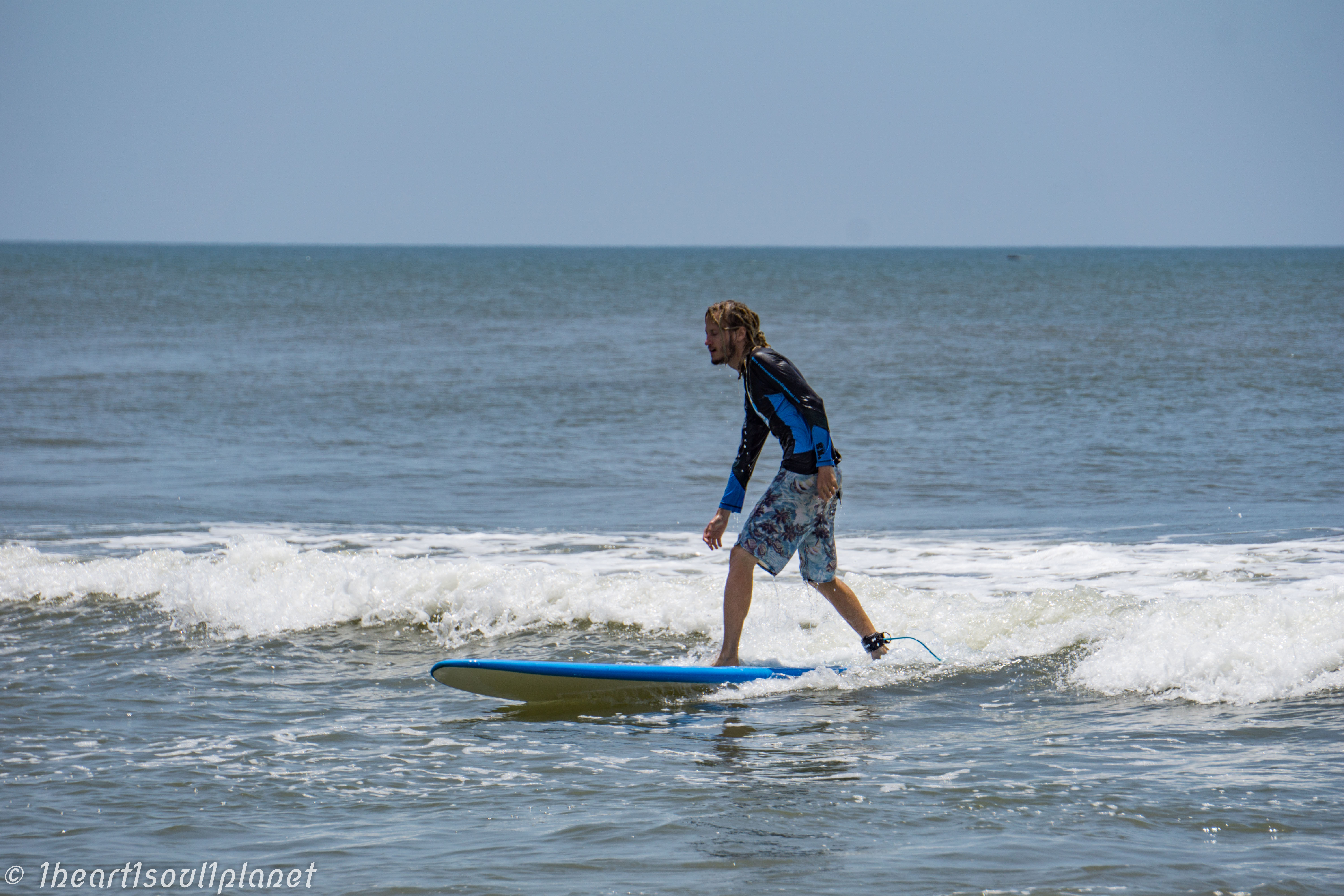 surf in Pondicherry 1